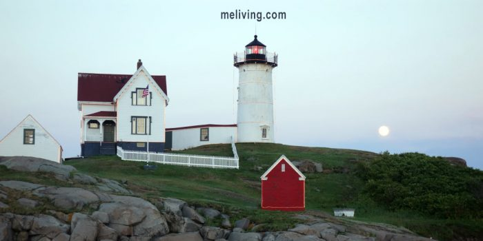 Nubble Light - Maine Lighthouse York Maine Vacations